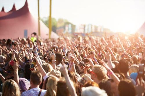 Listen up '96 here's how to protect your hearing when rocking out to your favourite jams whether it be the Country Thunder Music Festival